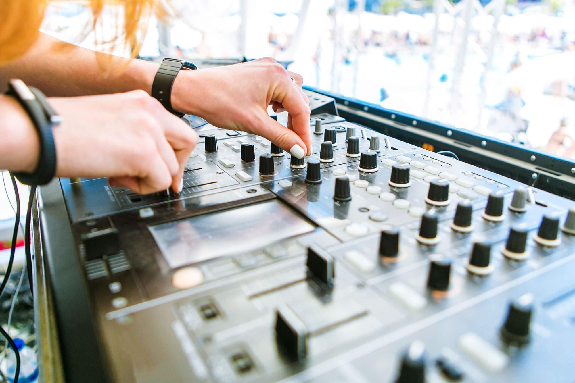 dj-party-summer-festival-croatia-music