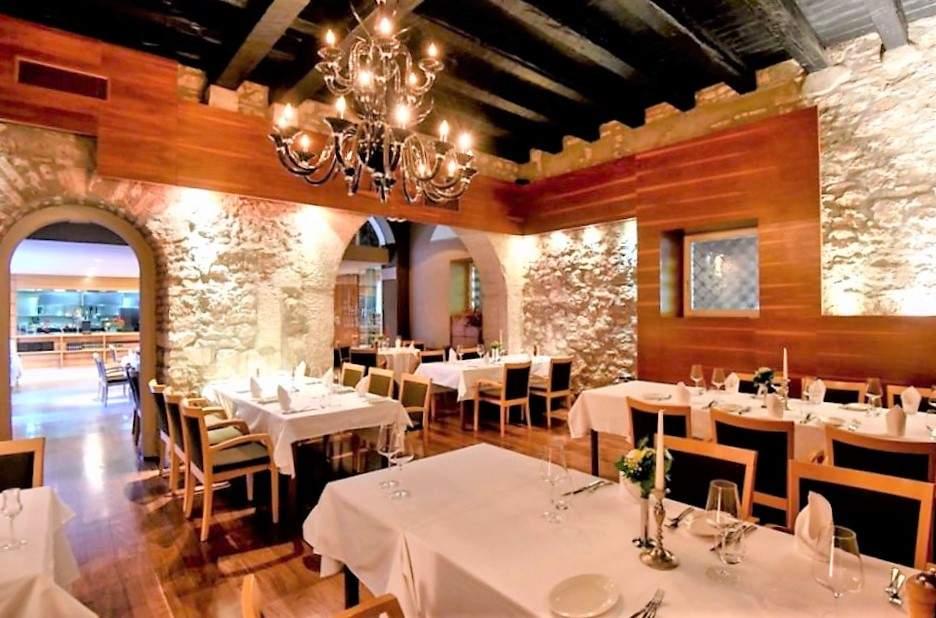 fosa-croatia-zadar-restaurant-food-travel