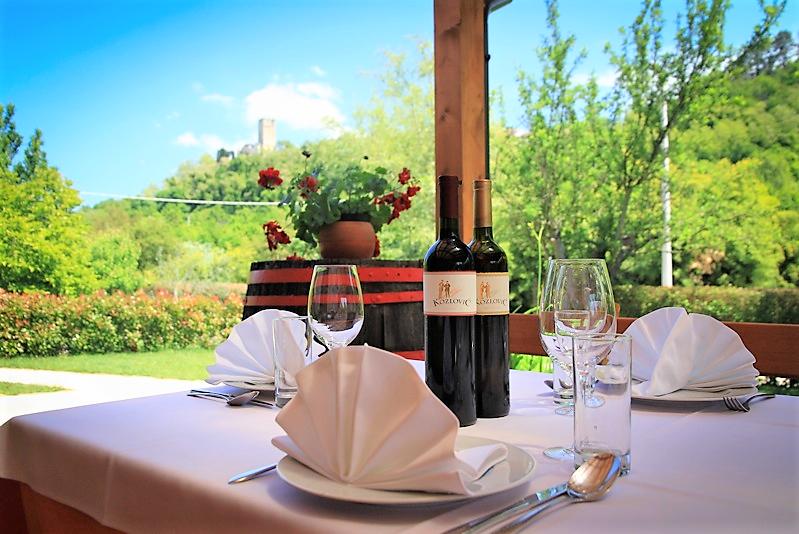 istria-restaurant-croatia-food-travel-castle-wine