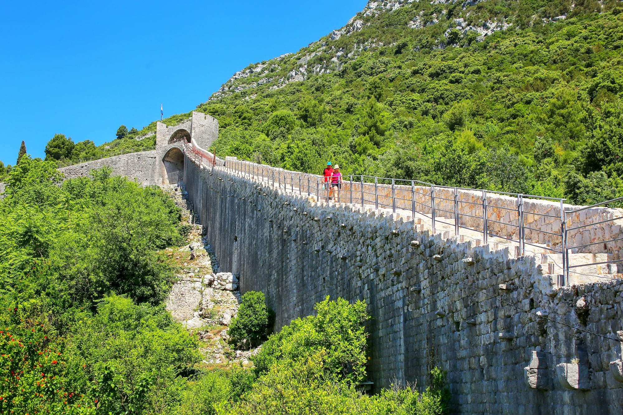 peljesac-hiking-fortress-croatia-outdoor-travel