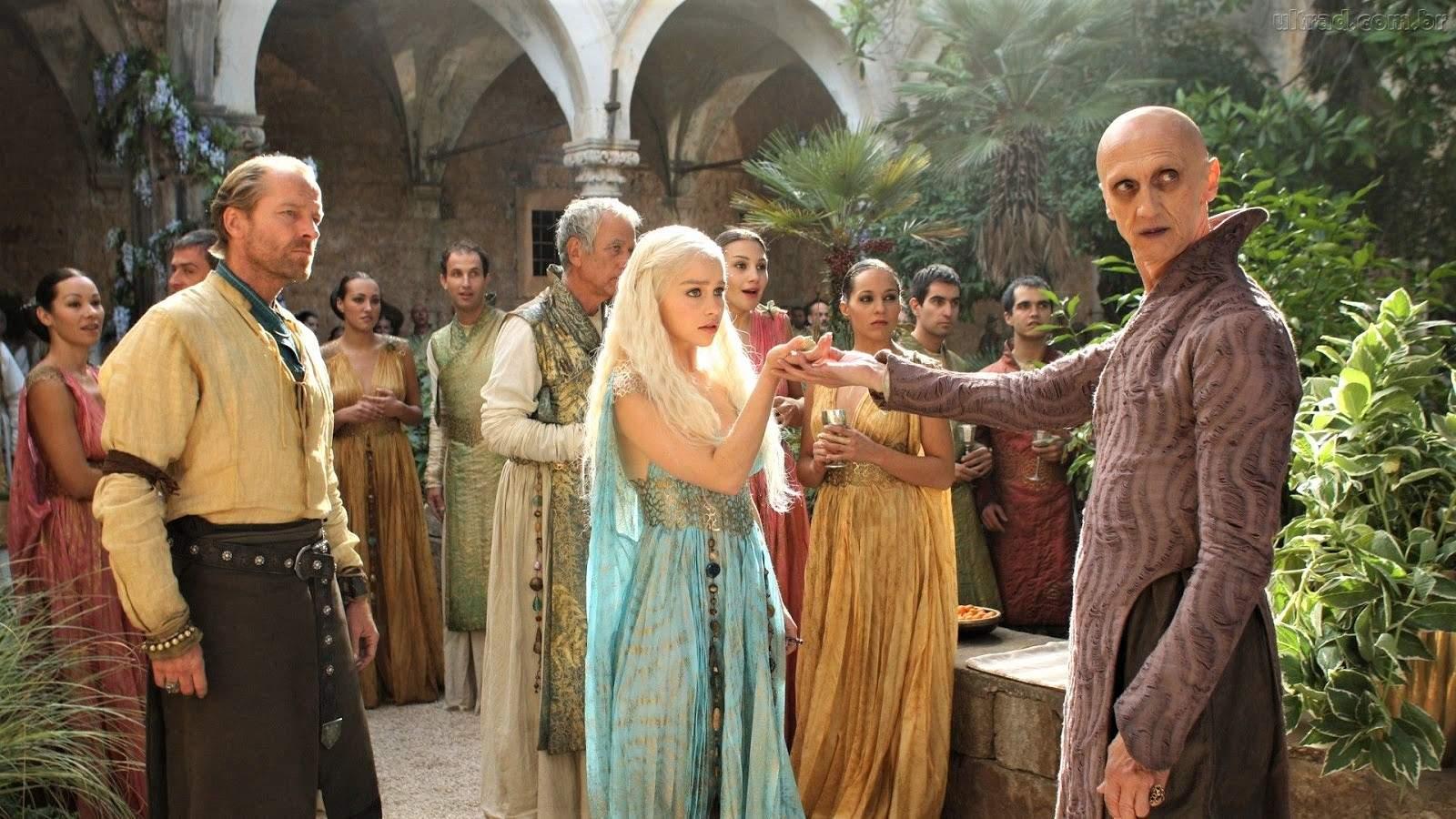 Daenerys-Targaryan-Qarth-Game-of-Thrones-Warlock