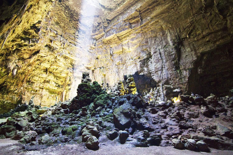 Grotte-di-Castellana-puglia-italy-cave-explore-tour