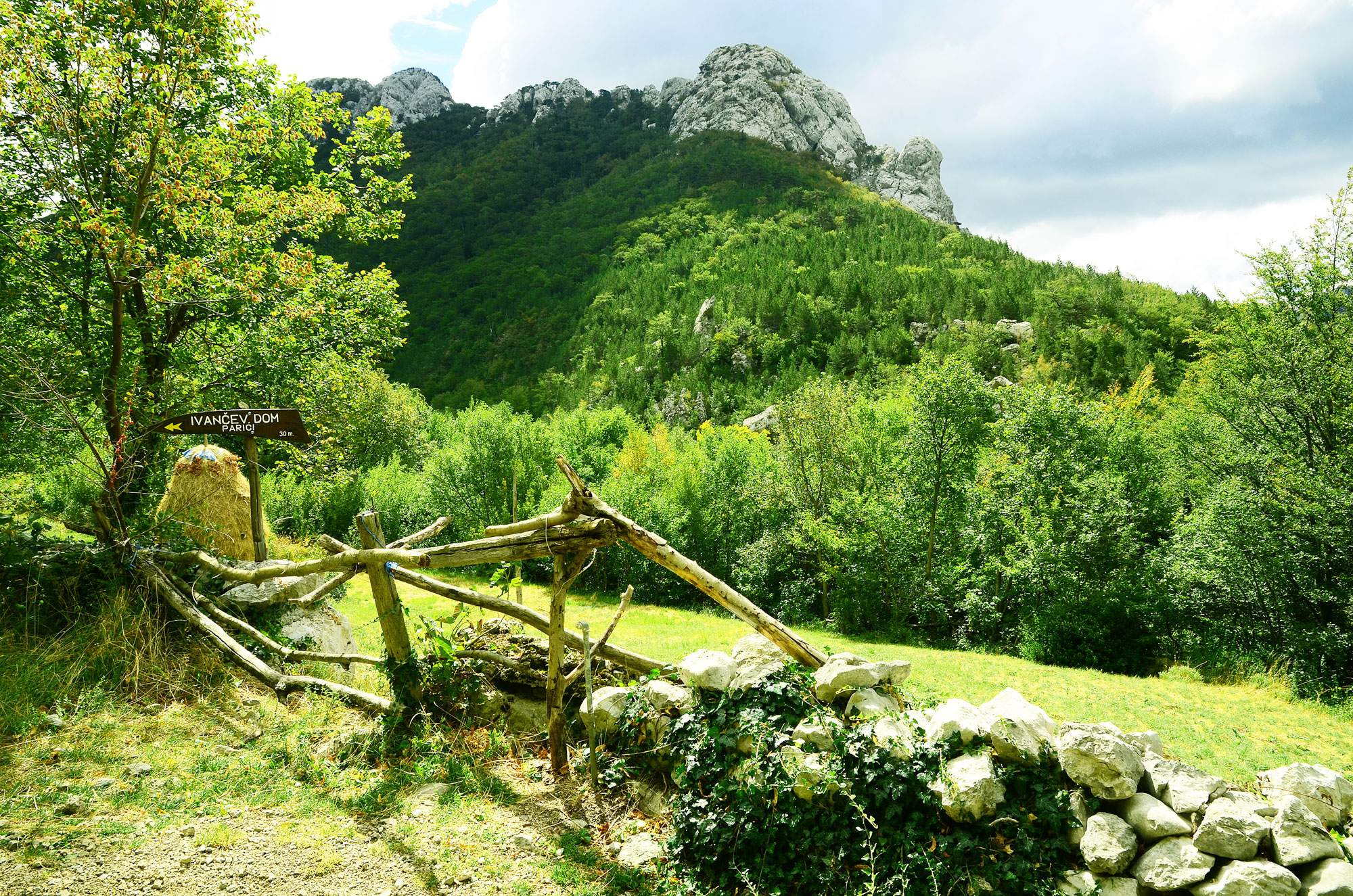 Paklenica-national-park-croatia-hiking-trail