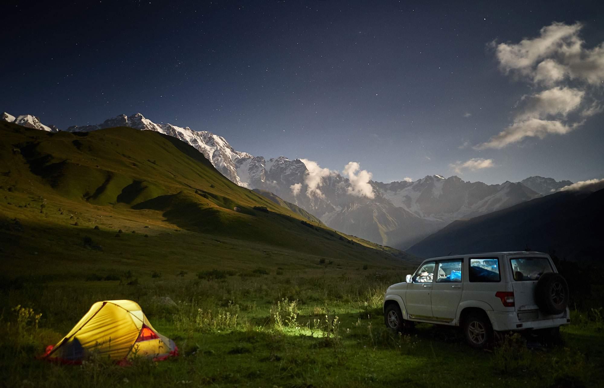 car-camping-road-trip
