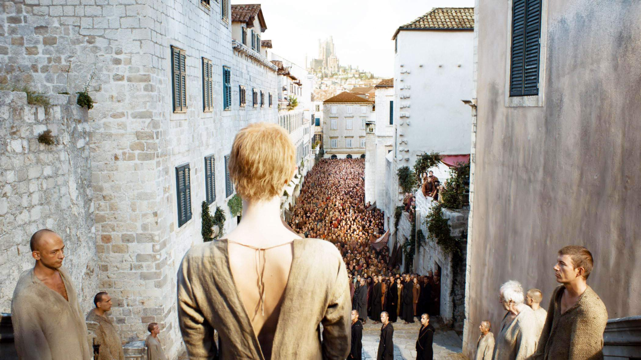 cersei-walk-of-shame-jesuit-staircase