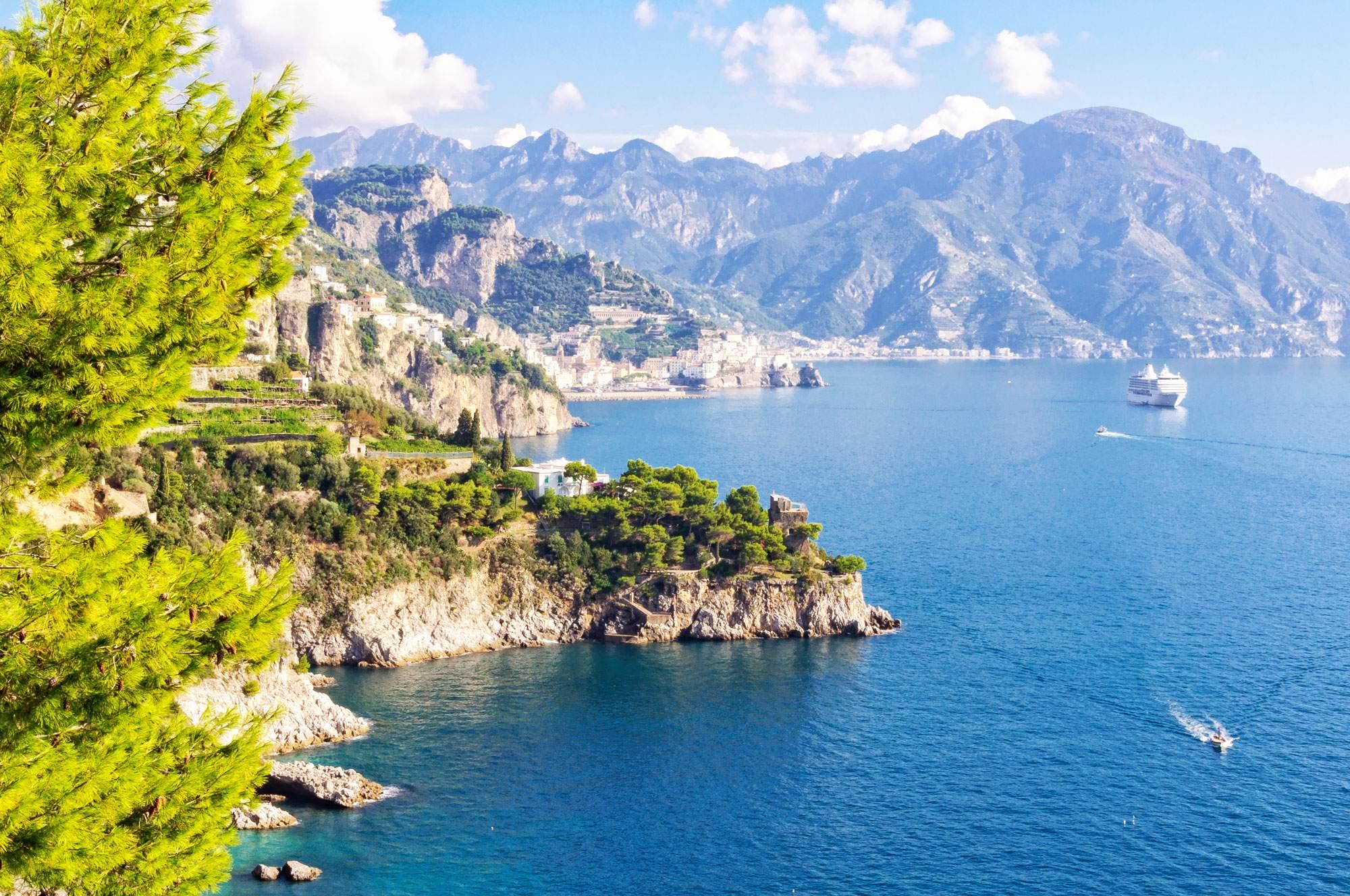 conca-di-marini-amalfi-coast-italy