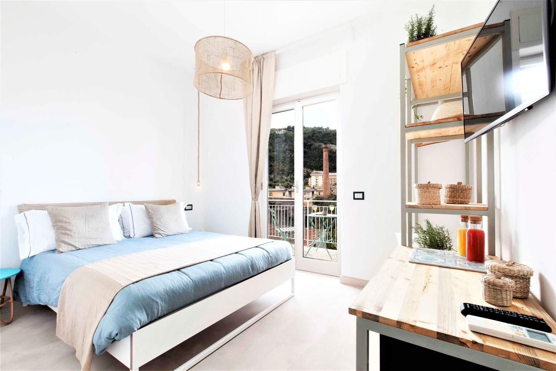 mediterranean-vista-suite-outdoor-dining-bedroom