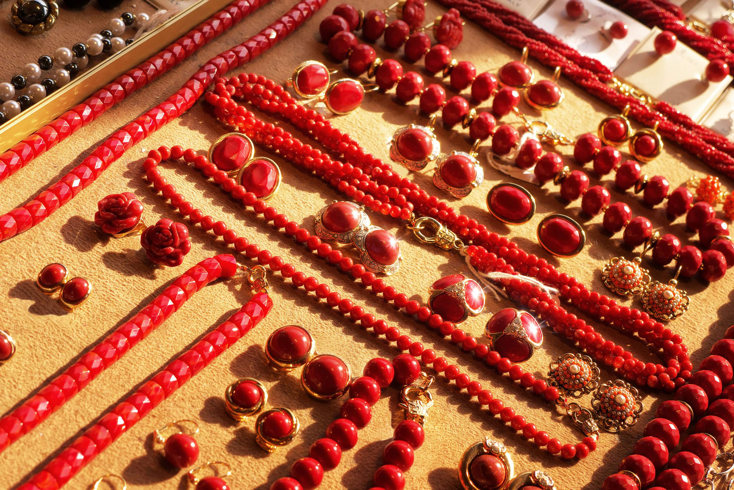 red-coral-precious-mediterranean-craftsmanship-tradition-southern-italy