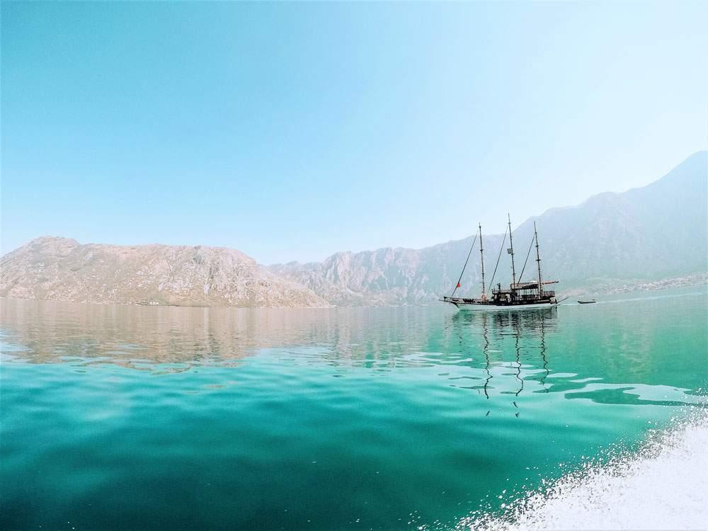 steph-smith-montenegro-sailing-boat-mountains