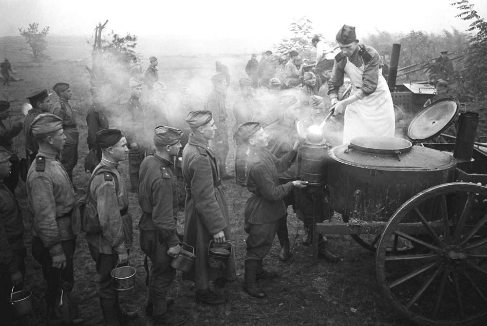 ww2-battlefield-kitchen-what-soviet-soldiers-ate