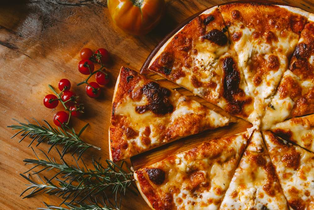 croatian-pizza-full-cheese