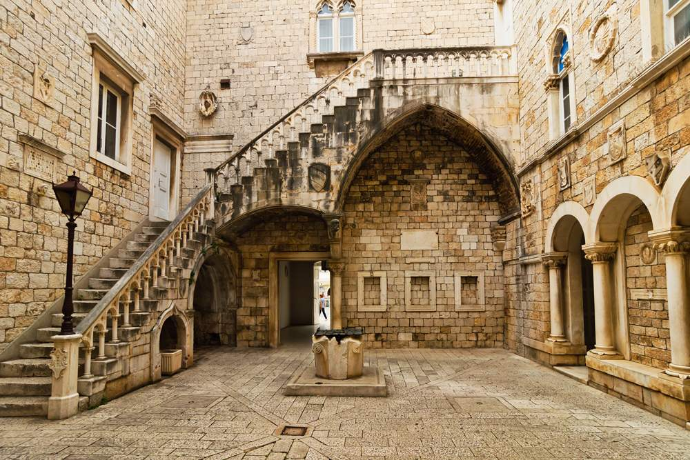 instgram-worth-trogir-croatia