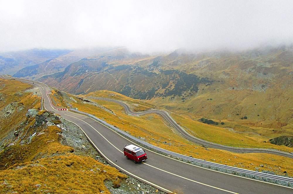 pros-cons-road-trip-4