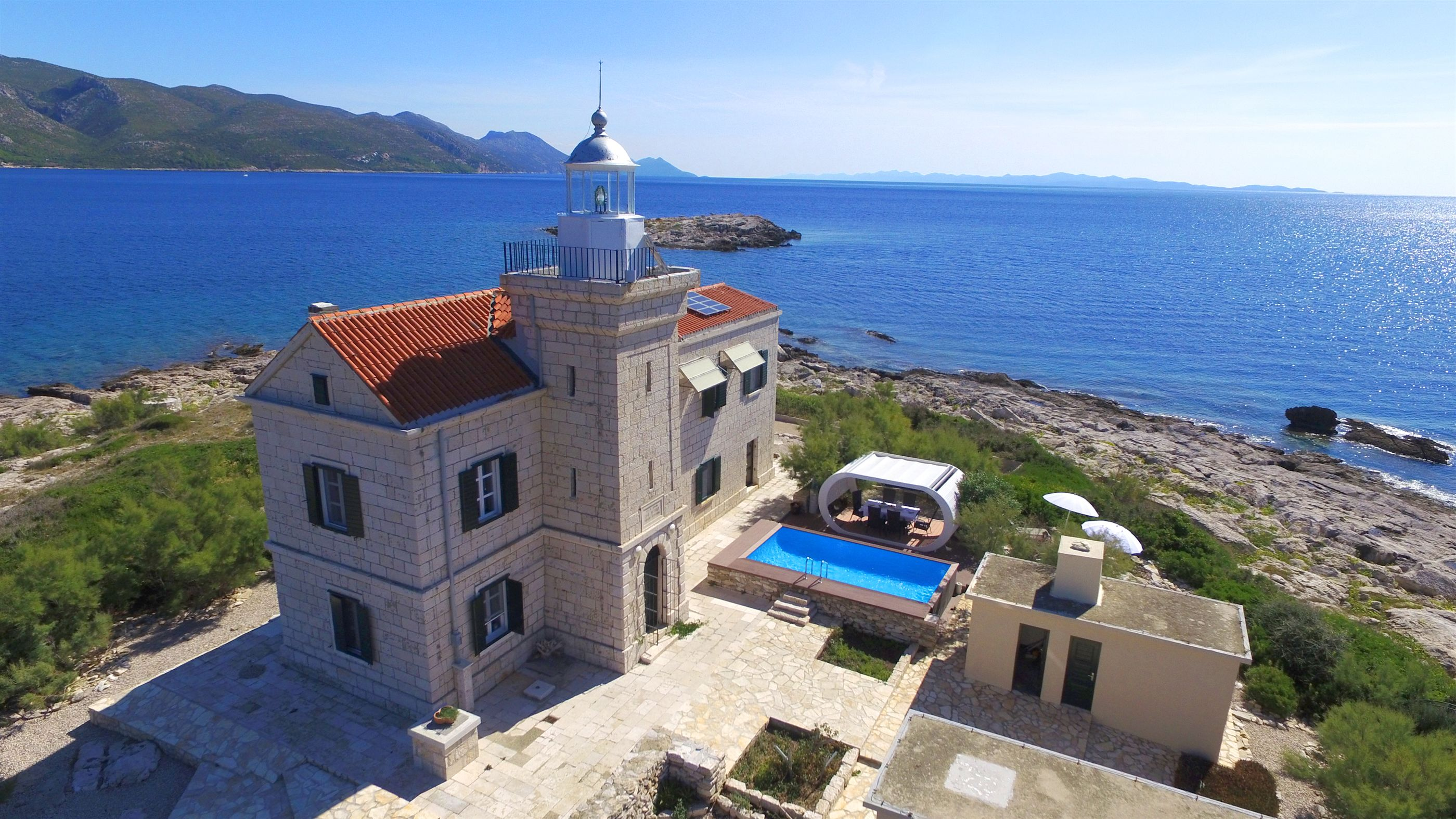 villa lighthouse korkyra island korcula