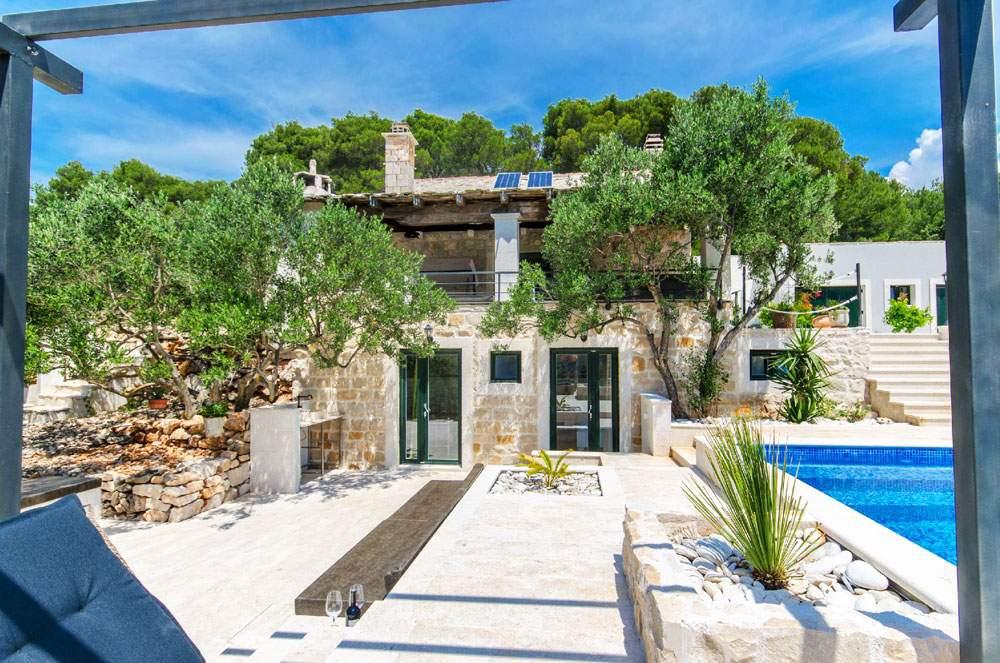 villa-rokova-vala-croatia-honeymoon-vacation-rental