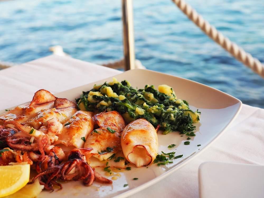 hvar-croatia-seafood-dining