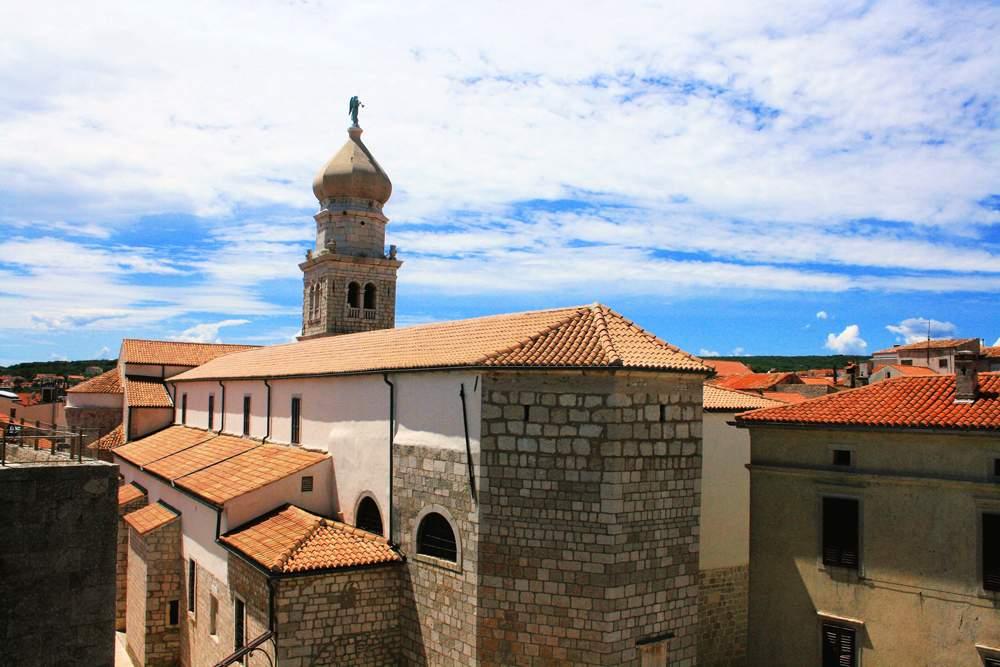 krk-island-medieval-church
