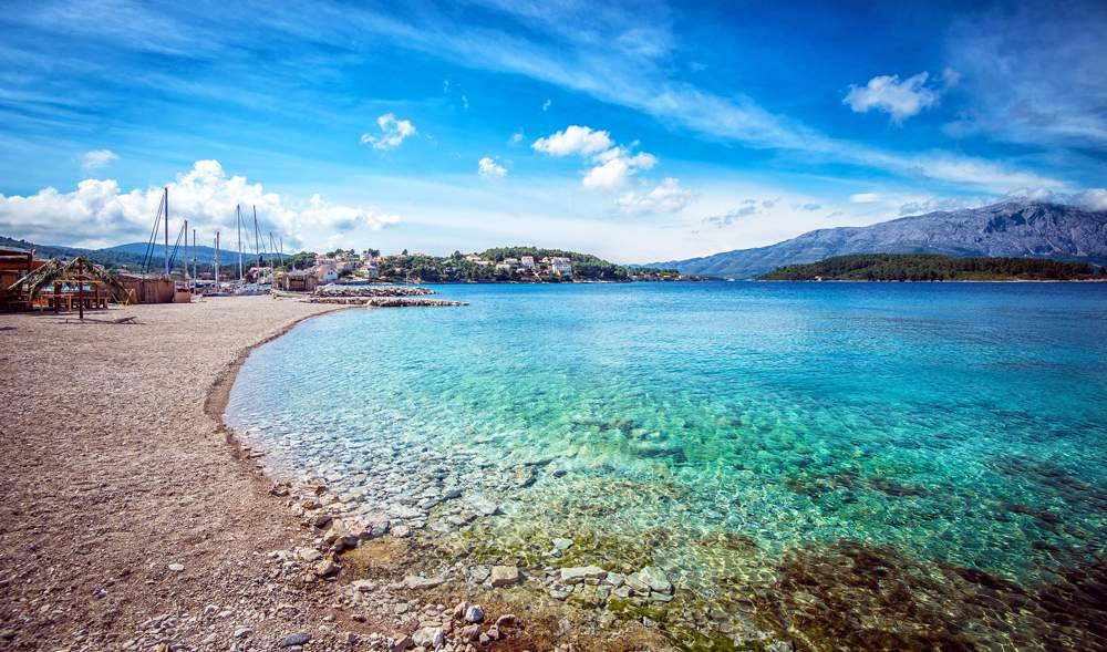 lumbarda-korcula-croatia-beach