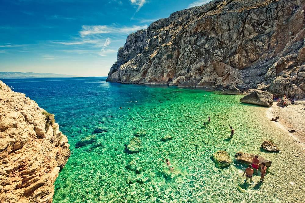 mali-bok-beach-cres-island