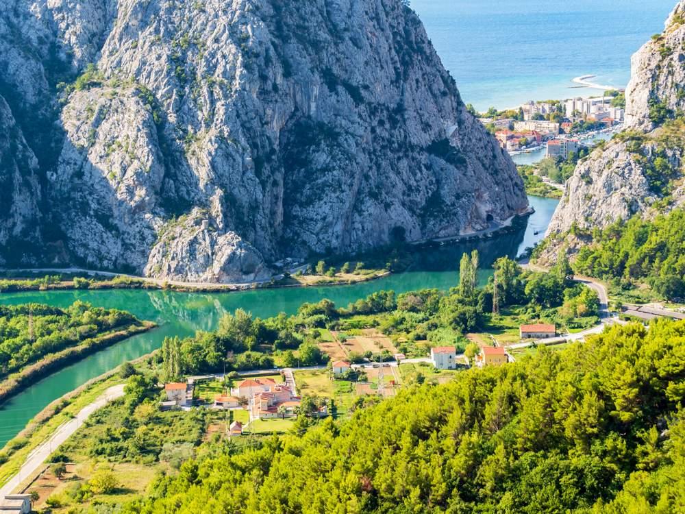 omis-nature-adriatic-dalmatia
