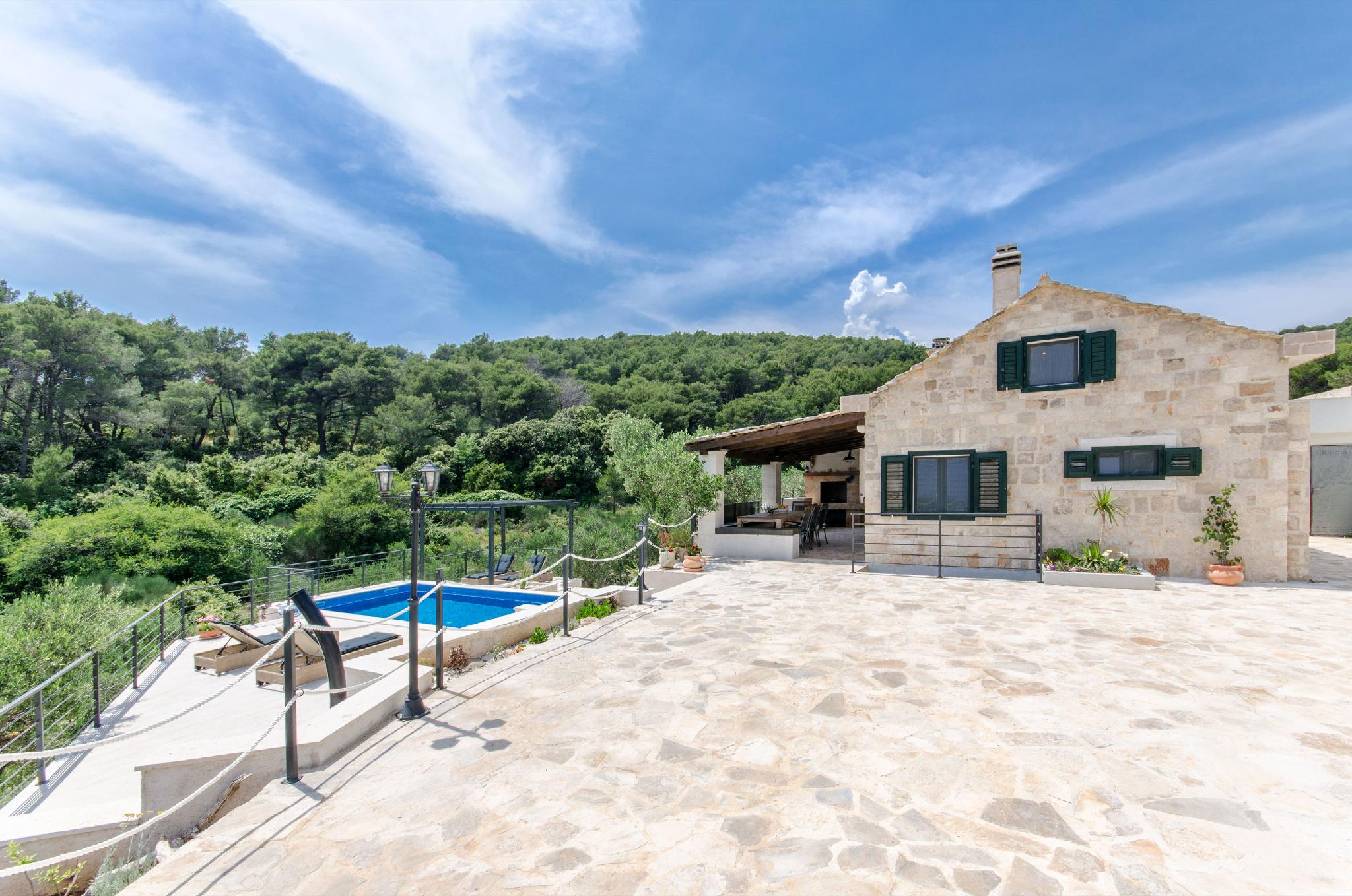 villa rokovo vall brac island croatia rental