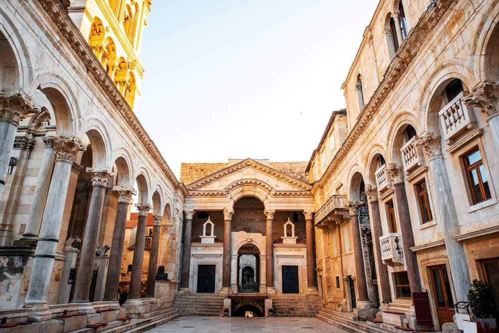 brac-stone-diocletian-palace