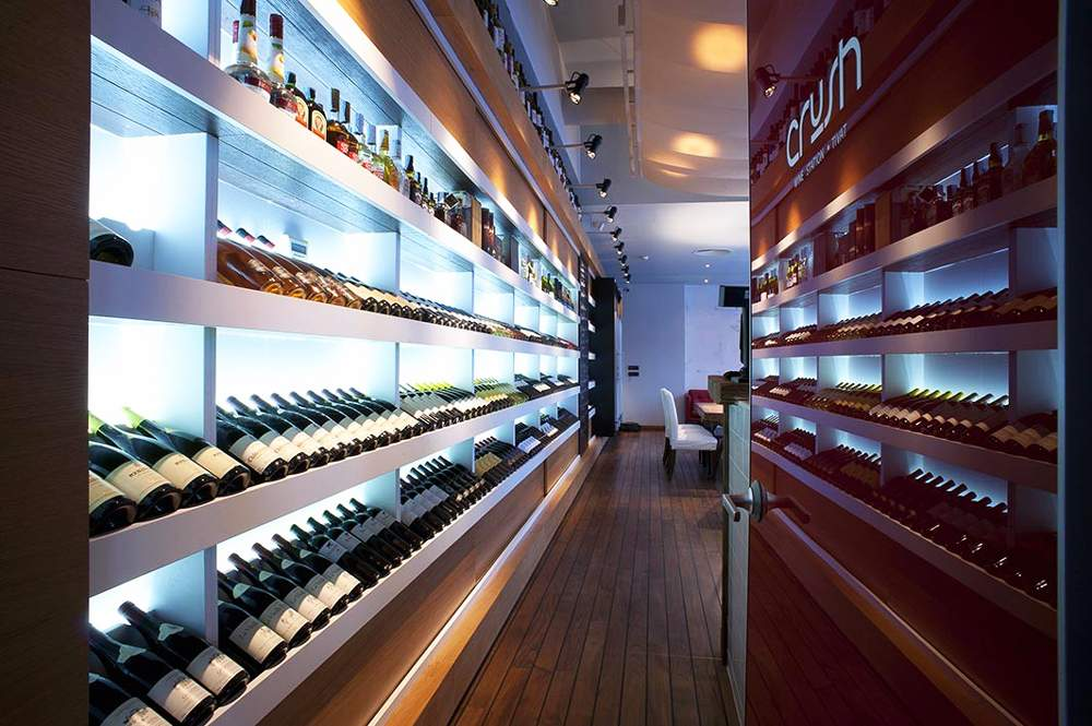 crush-wine-station-porto-montenegro