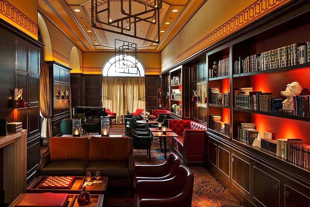 porto-montenegro-regent-library-bar